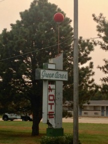 Green Acres Motel- Red Cloud